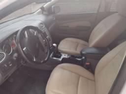 Vendo Ford Focus Hatch 1.6 2012/2013