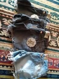 Calças e shorts jeans Feminina cós baixo  25$  cada