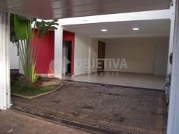 Título do anúncio: Casa para alugar com 4 dormitórios em Tibery, Uberlandia cod:475310