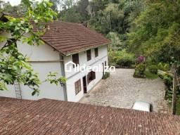 Título do anúncio: Casa para Venda em Teresópolis, Ermitage, 5 dormitórios, 1 suíte, 3 banheiros, 7 vagas