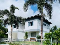 Título do anúncio: Casa a venda em Busca Vida com 450m2 de área construída!