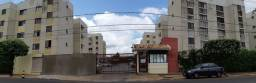 Título do anúncio: Vende-se ou troca por veículo apartamento bem localizado Marília