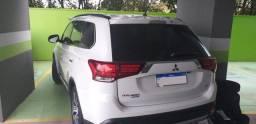 Mitsubishi Outlander 2.2 Diesel - 7 lugares 2016