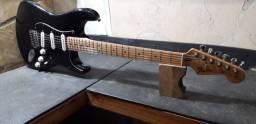 Título do anúncio: Conserto em instrumentos de corda Luthieria