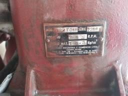 Título do anúncio: Compressor wayne W40/70SD