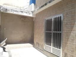 Casa Duplex dois quartos no Laranjal-SG.