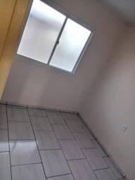 Alugo AP 2 quartos