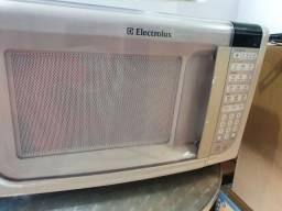 Forno de Micro-ondas