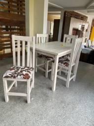 Mesa 4 cadeiras nova, cadeiras eucalipto e tampo MDF