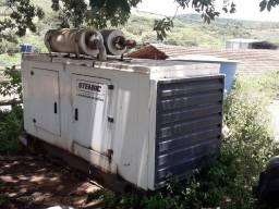 GERADOR DE ENERGIA CARENADO STEMAC 260 KVA