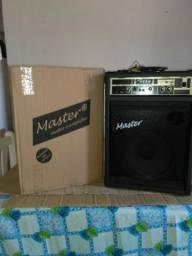 Master caixa de som novinha pouco tempo de uso