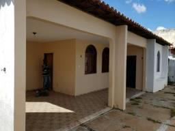 Casa com 6 quartos sendo 5 Suítes na Macaúba