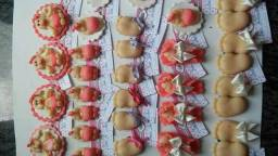 Lembrancinhas em biscuit