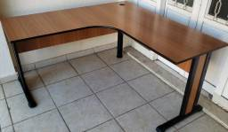 Mesa L para Escritório Entrego