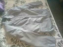 Vendo este terno só usei uma vez mais ficou grande pra