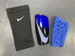 Caneleira Nike Mercurial Lite Azul Preto