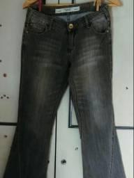 ed2071ea4 Calça jeans Flare M.Officer tamanho 38