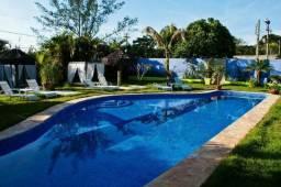 Magnifica pousada com 1.500 m², a 150 m da Praia da Ferradura, para clientes exigentes