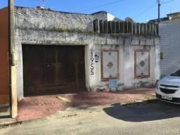 Oportunidade Casa no Benfica próximo ao Centro de Fortaleza