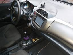 Automóvel honda niw fit