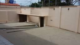 Alugo casa exclusivamente comercial no Ipase de Cima por R$ 2800 reais