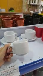 Canecas,placas,xícaras e pratos