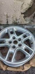 Título do anúncio: Rodas aro 17 com 3 pneus