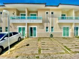 Casa duplex em condominio fechado com 3 suites e lazer na Messejana