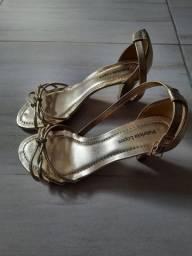 Sandália dourado festas/N:38 sime-nova em perfeito estado.