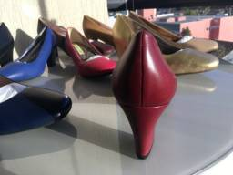 Sapato Scarpin salto grosso bico redondo - tamanhos grandes 41 e 42