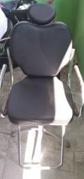 Cadeira hidráulica e lavatório com aquecedor