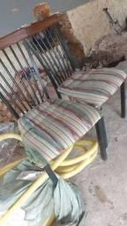 Título do anúncio: Quatro cadeiras iguais 130$