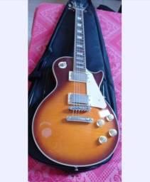 Vendo guitarra (usada somente 1 vez)