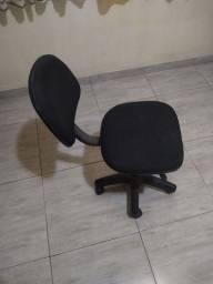 Título do anúncio: Cadeira de escritório usado