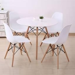 Mesa redonda eiffel com 4 cadeiras eiffel