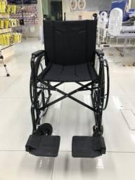 Título do anúncio: Cadeira de rodas nova com nota fiscal entregamos