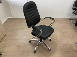 Título do anúncio: Cadeira escritorio giratoria