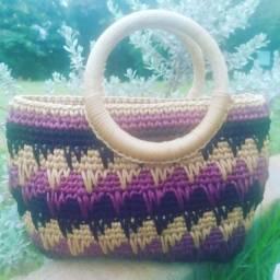 Título do anúncio: Bolsa de crochê em várias cores
