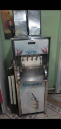 Título do anúncio: Maquina de sorvete gelomix