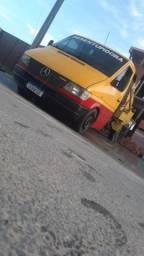 Caminhão limpa fossa *