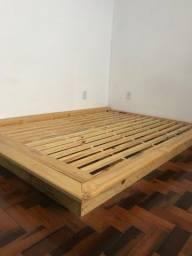 Título do anúncio: Base de cama de madeira