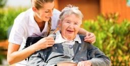 Título do anúncio: Preciso de emprego de cuidadora
