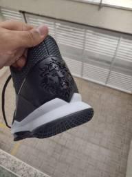 Tênis Nike LeBron James IV novo