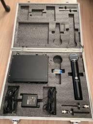 Microfone Shure sem fio SLX24/beta58