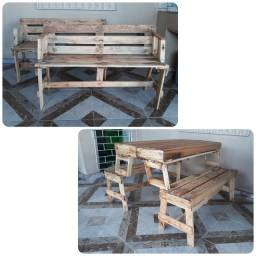 Título do anúncio: Bancos/Mesa em madeira
