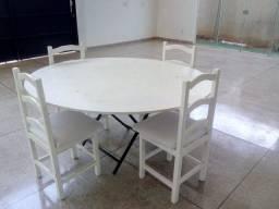 Mesas e cadeiras avulsas