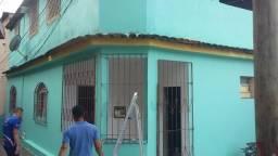 João Salles logo na sobida da escala, em frente ao Museu solar Monjardi