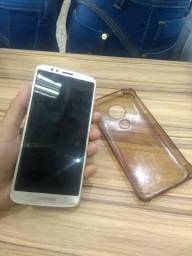 Estou vendendo o celular Motorola E5 está novo
