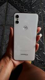 Motorola One 64gb branco