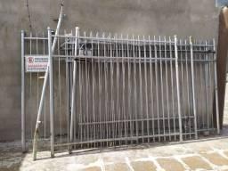 Grade ferro com portões
